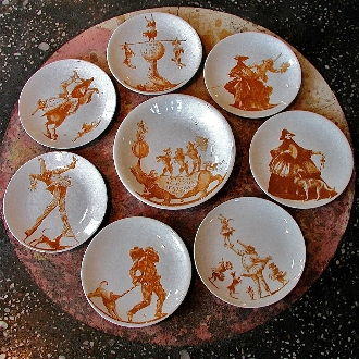 PULCINELLA CIRCUS SET OF 11 PLATES